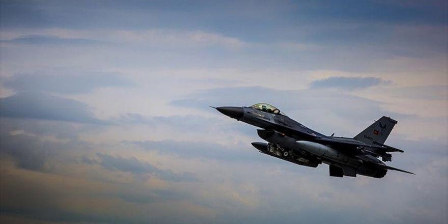 Türk Ve Rus Jetlerinden Deaş'a Karşı Ortak Hava Harekatı