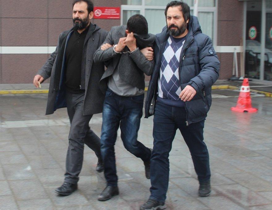Konya'da Eşler aynı anda dolandırıldı