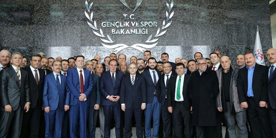 Bakan Kılıç Kulüp Başkanlarını Kabul Etti