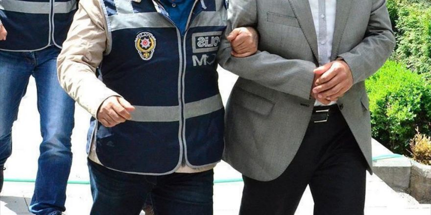 Öğretim Üyelerinin De Aralarında Bulunduğu 19 Kişiye Fetö Gözaltısı