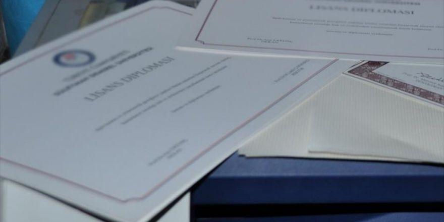 Fetö Üyelerine Sahte Diploma Hazırlatmış