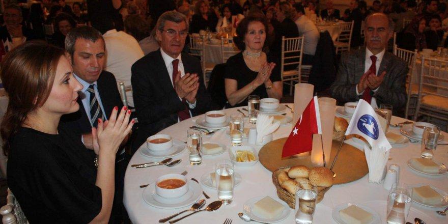 Konya ve Karamalılar, Bursa'da arabaşı gecesi düzenledi
