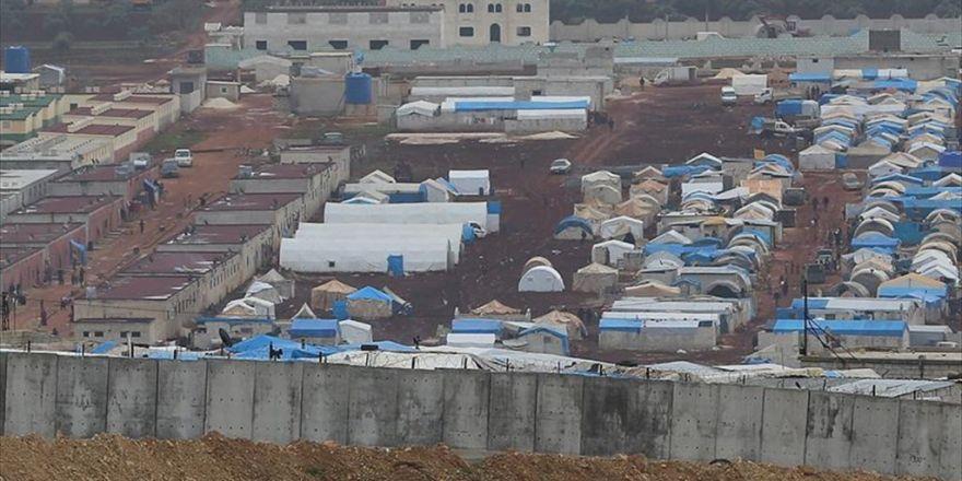 Suriye'de Mülteci Kampında Patlama: 10 Ölü, 14 Yaralı