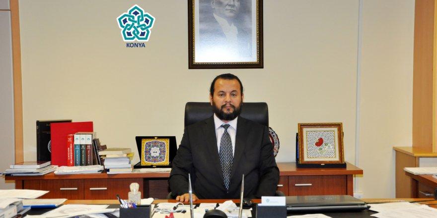 NEÜ'den  Prof. Dr. Akgül'e kutlama