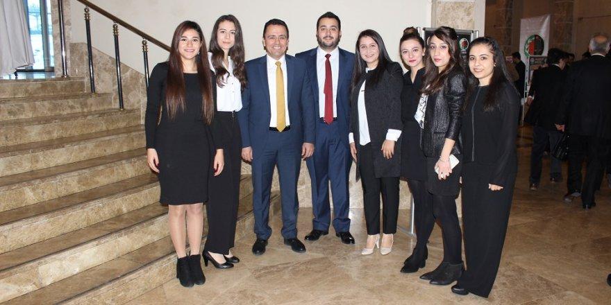 Mustafa Aladağ Genç avukat adayları ile
