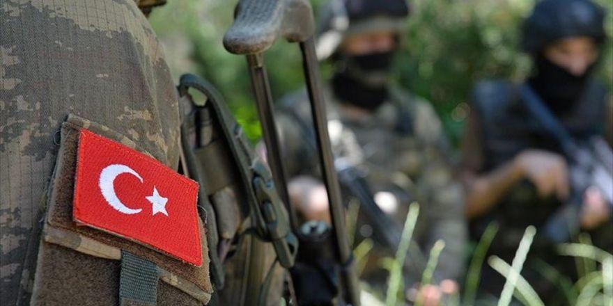 Mardin'de 2 Pkk'lı Terörist Yaralı Ele Geçirildi