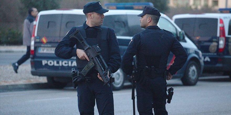 İspanya'da Pkk'ya Destek Veren 8 Kişi İçin Yargılama Talebi