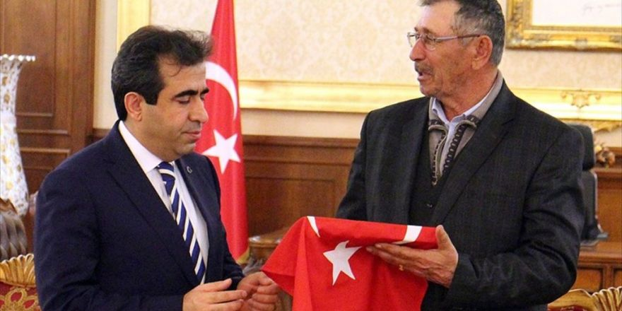 Şehit Ömer Halisdemir'in Babası: Şükürler Olsun Aslanlar Gibi Vazifesini Yaptı