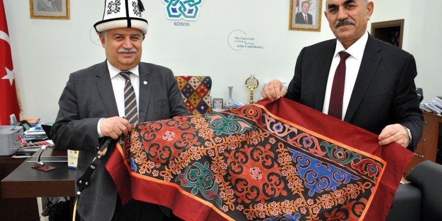 NEÜ ile Kırgızistan-Türkiye Manas Üniversitesi arasında işbirliği