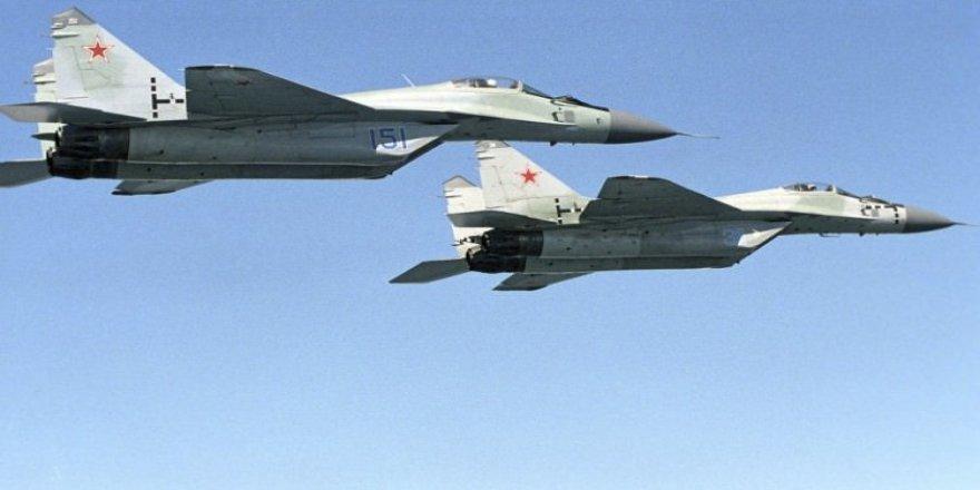 Rus ordusu ani bir kararla alarma geçirildi