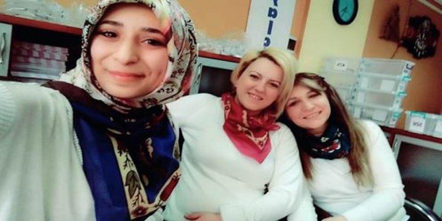 Yalçın Özel Eğitim'de hanımlardan selfie