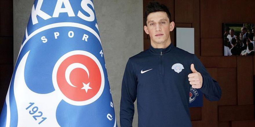 Kasımpaşa'nın Portekizli Futbolcusu Castro: Türkiye, Dünyanın En İyi Liglerinden Birisine Sahip