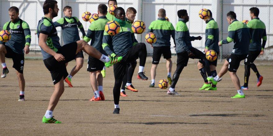 Atiker Konyaspor, Trabzonspor hazırlıklarını sürdürüyor