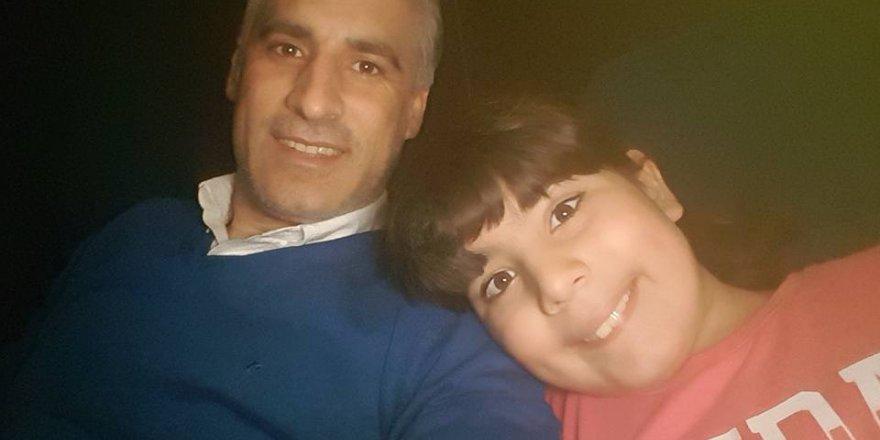Recep Özgül kızı ile sinemada