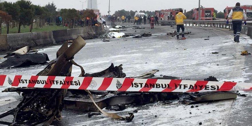 İstanbul'da  helikopter düştü: 5 ölü