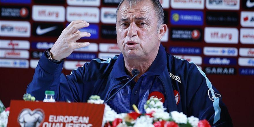 Türkiye Futbol Direktörü Terim: Ümit Ederim İyi Oynayarak 3 Puanı Alırız
