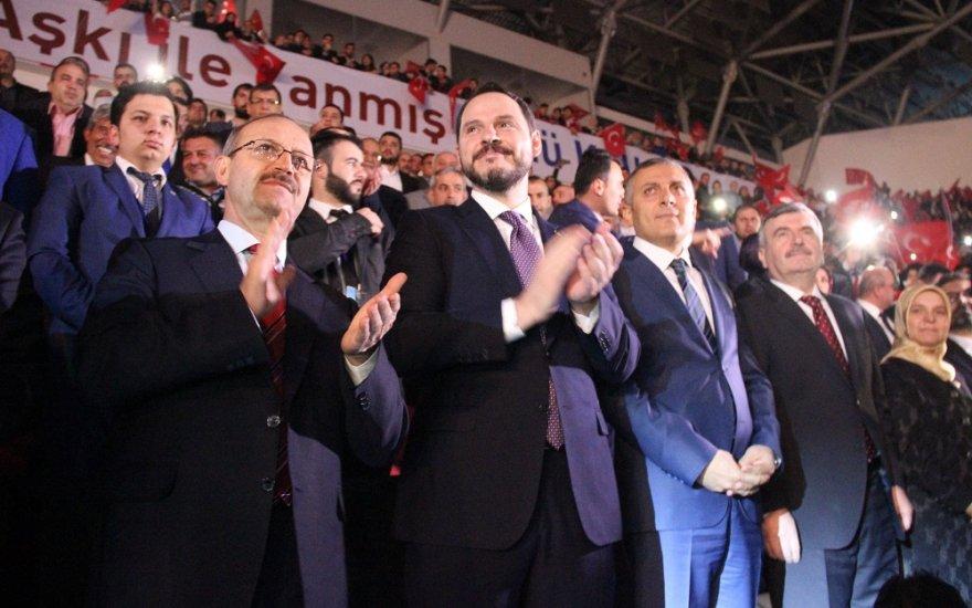 Albayrak Konya'da Gençlik buluşmasına katıldı