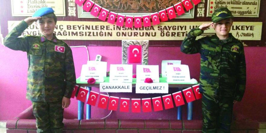 Sefaköy  İlkokulu'nda  şehitlere  anlamlı  saygı