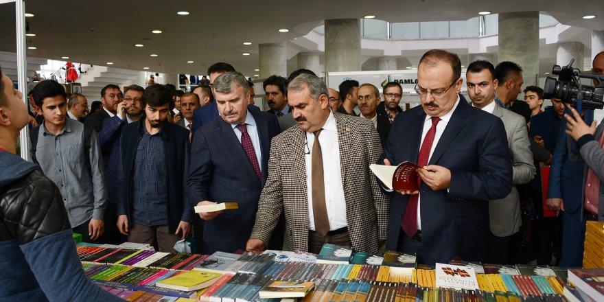 Konya Kitap Günleri yoğun bir katılımla açıldı