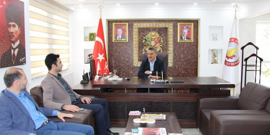 Yazar Mahmut Ulu'dan Başkan Tutal'a ziyaret
