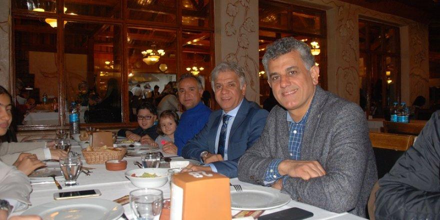 Ali Fuat Çuhadar aile dostları ile Akyokuş'ta