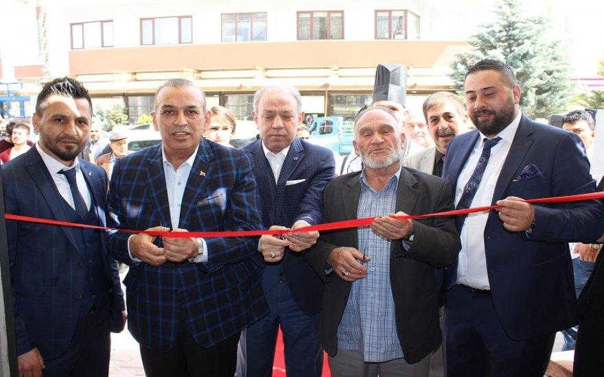 CADDEBOSSTAN Cafe ve Bistro açıldı