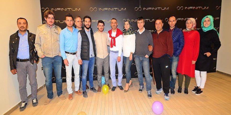 Hüseyin Durna yeni yaşını kutladı