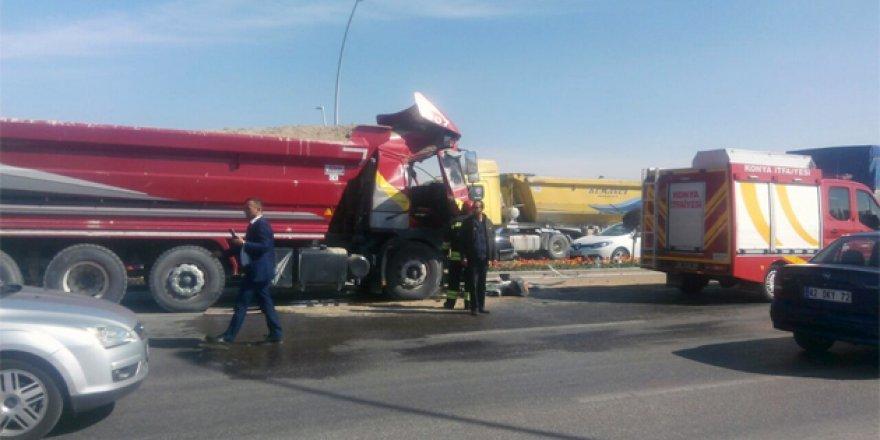 Konya'da iki tır çarpıştı