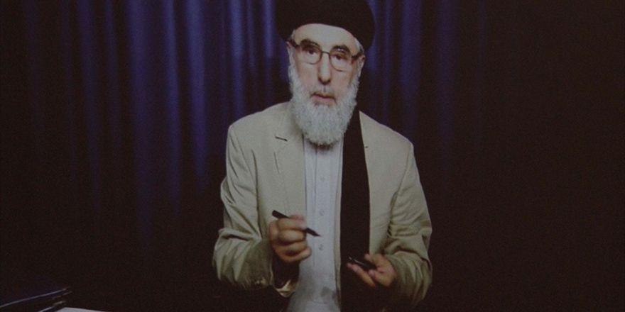 Hikmetyar Afganistan'a Döndü