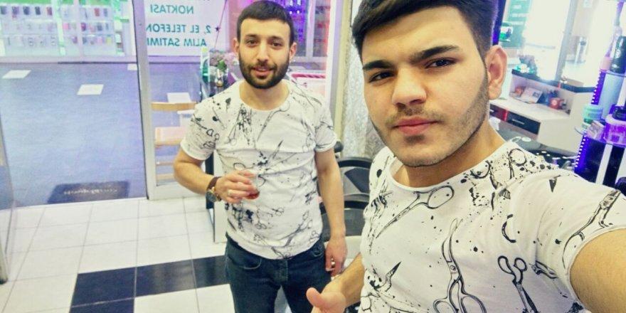 Erkan kardeşlerden selfie