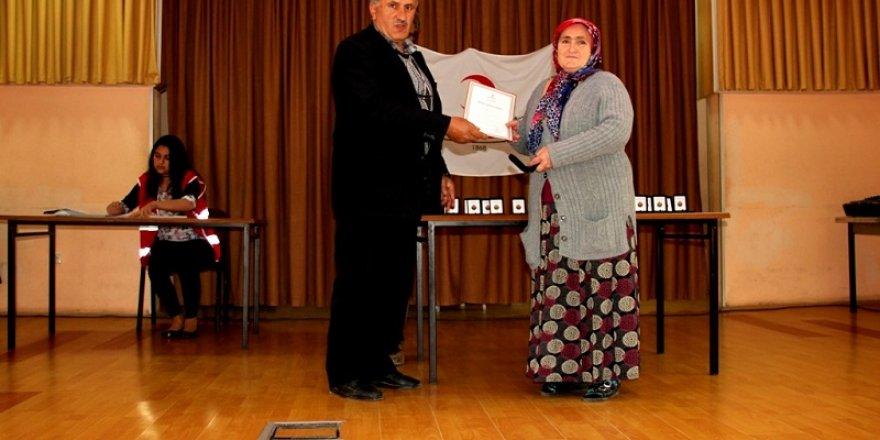 Seydişehir'de kan bağışçıları ödüllendirildi