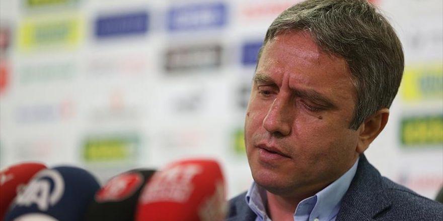 Bursaspor Teknik Direktörü Topçu İstifa Etti