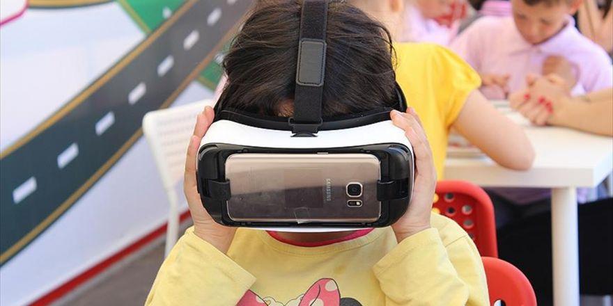 Çocuklara Sanal Gerçeklik Gözlüğüyle Trafik Eğitimi