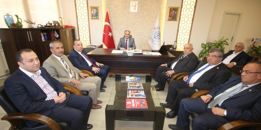 Karamercan'dan Başkan Özaltun'a ziyaret