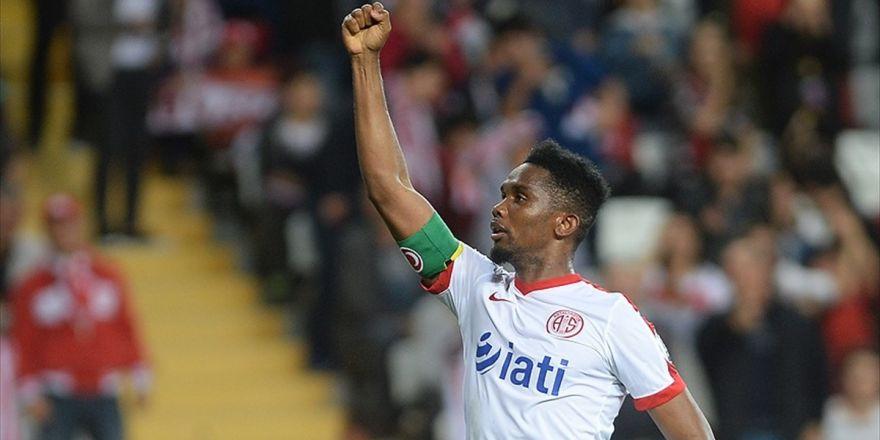 Eto'o'nun Antalyaspor'un Tarihine Geçmesine 4 Gol Kaldı