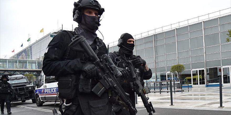 Fransa'da Terör Saldırısı Hazırlığındaki 5 Kişi Gözaltına Alındı