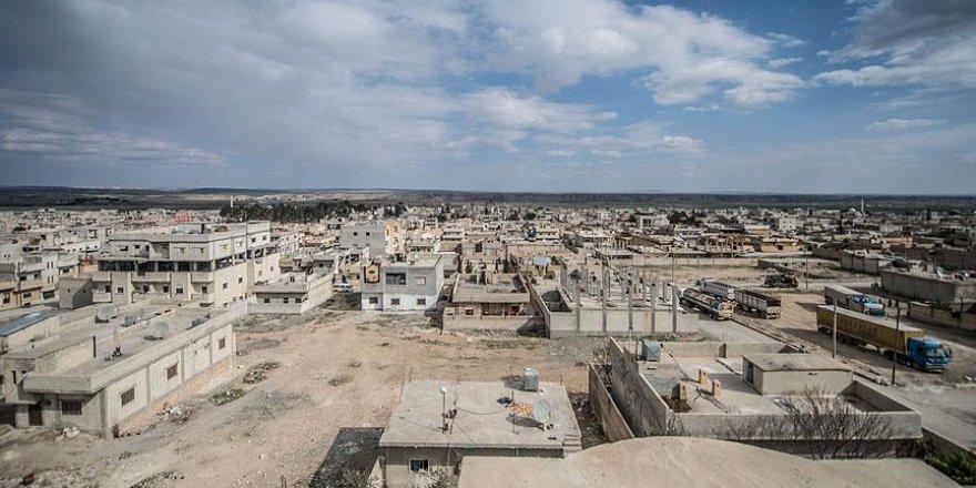 Türk Kızılayı Suriyeliler için İdlib'te kalıcı konut yapacak