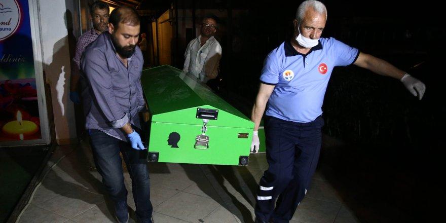 Eski Karaman Valisi cinayete kurban gitti