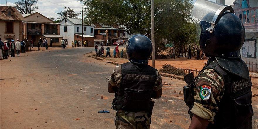 Madagaskar'da 16 Kur'an Kursu Kapatılacak