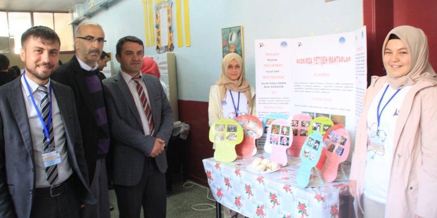 Bozkır'da bilim fuarı açıldı