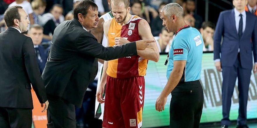 Galatasaray'dan Ergin Ataman'a Destek Açıklaması