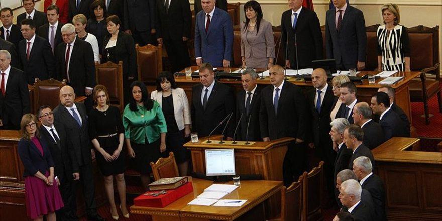 Bulgaristan'da Yeni Hükümet Göreve Başladı