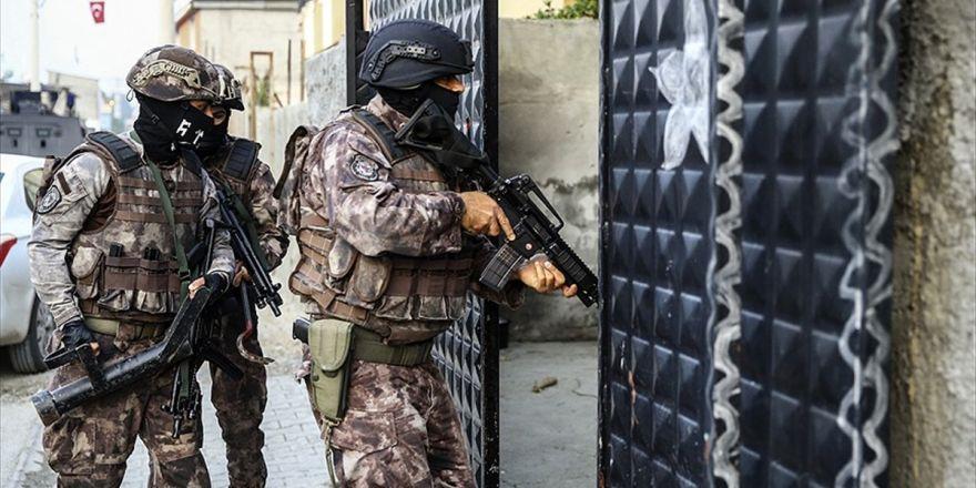 Adana'da Terör Örgütü Deaş Operasyonunda 12 Gözaltı