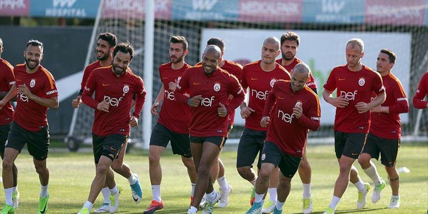 Galatasaray Seyircisiz Maçta Kazanmak İstiyor