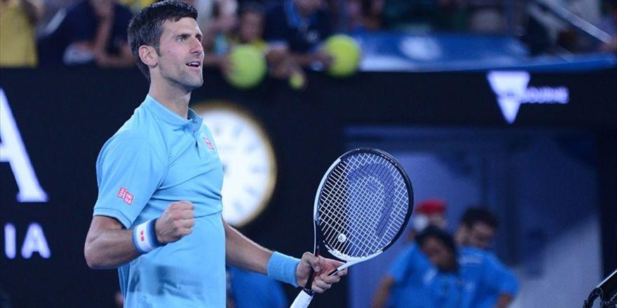 Djokovic'ten 'Yenilik' Operasyonu