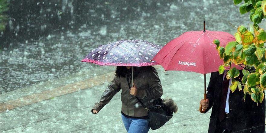 Meteorolojiden 13 İl İçin Kuvvetli Yağış Uyarısı