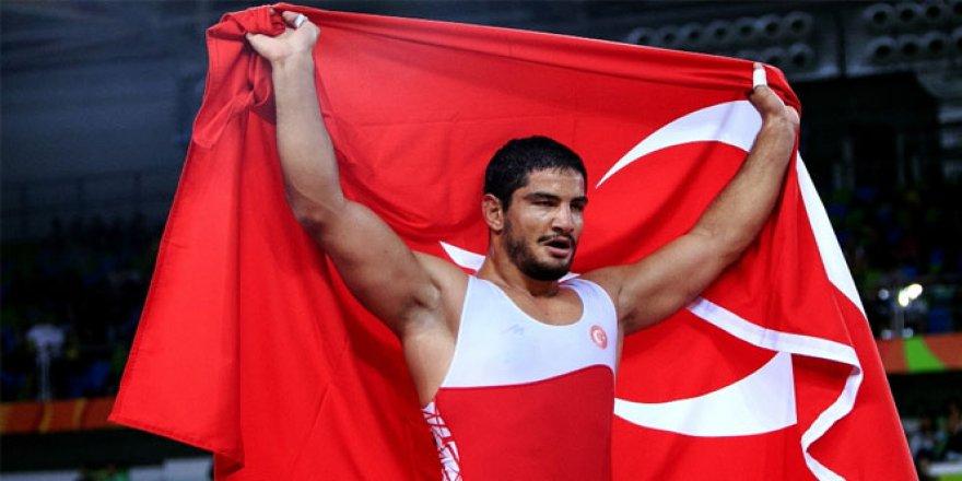 Taha Akgül, Avrupa Şampiyonu