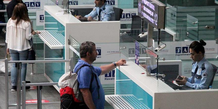 Havalimanlarında Pasaport İşlemlerini Hızlandıracak Sistem
