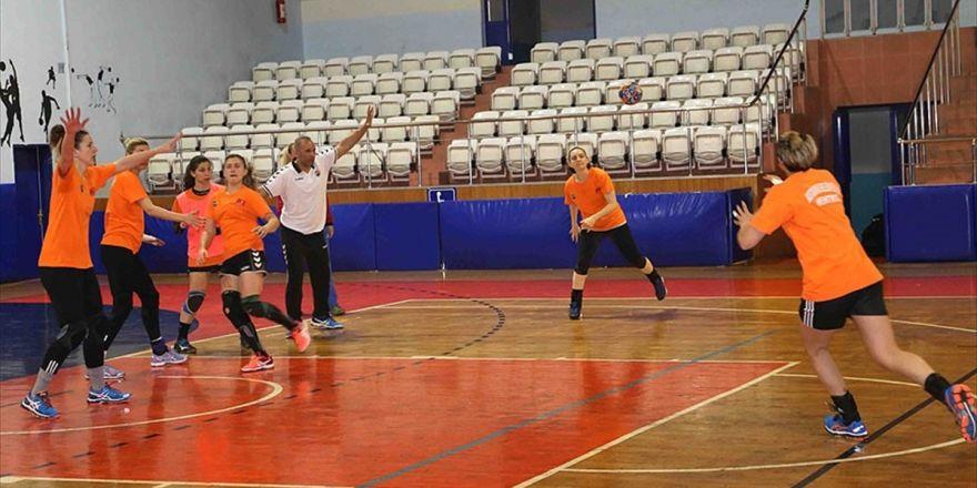 Hentbolda Şampiyon Kastamonu Belediyespor
