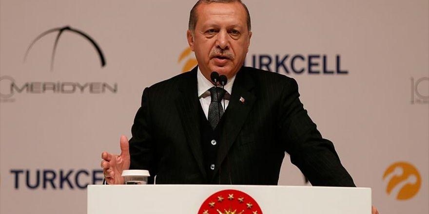 Cumhurbaşkanı Erdoğan: Milletimiz Kendini Dev Aynasında Görenlere Sinek Olduklarını Gösterdi